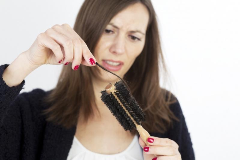 Aesthetic Cosmetology: Как справиться с проблемой выпадения волос?