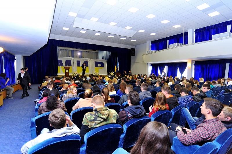 Тимофей Нагорный объединяет волонтеров, студентов, спортсменов под инициативой