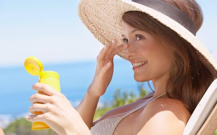 На что обращать внимание при летнем уходе за кожей? Советы косметологов салона красоты Этерия