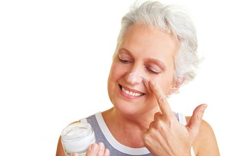 Эффективный уход за кожей лица после 50 лет с E Cosmetology
