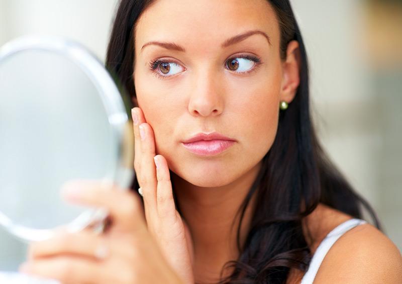 Борьба с возрастными изменениями кожи лица в медико-косметологическом центре Этерия