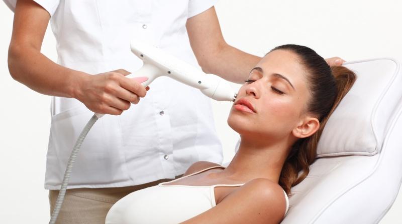 Аппаратная косметология в косметологическом центре Этерия – рецепт молодости вашей кожи