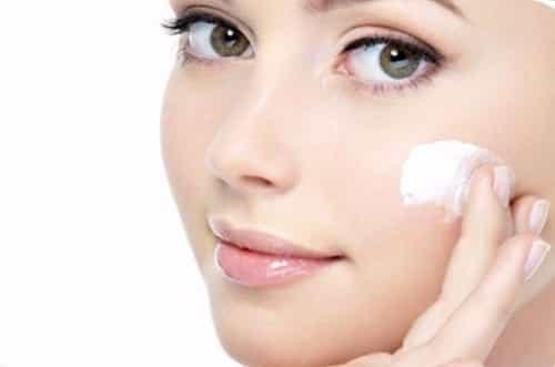Медико-косметологический центр «Формула молодости»: Как правильно ухаживать за кожей лица?