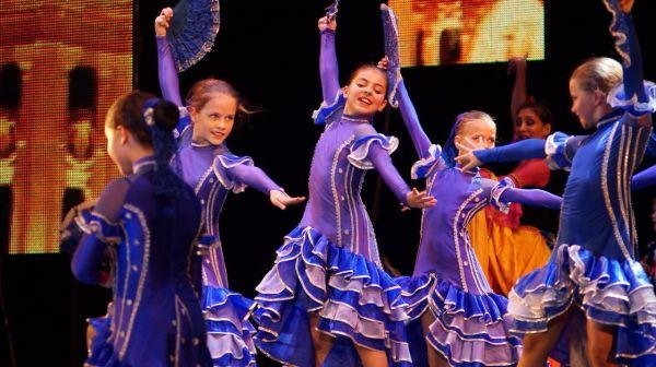 Благотворительный фонд Александра Петровского «Солидарность» принял участие в организации детского фольклорного фестиваля «Орленок собирает друзей»